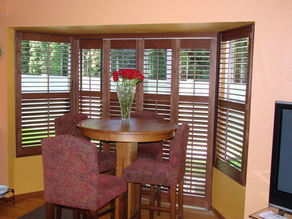 interior-shutters-lake-tapps-wa