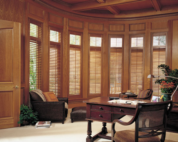 window-shutters-covington-wa